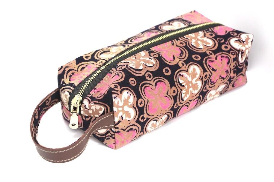 Batik Pouch (Big) - Pink Anggerik