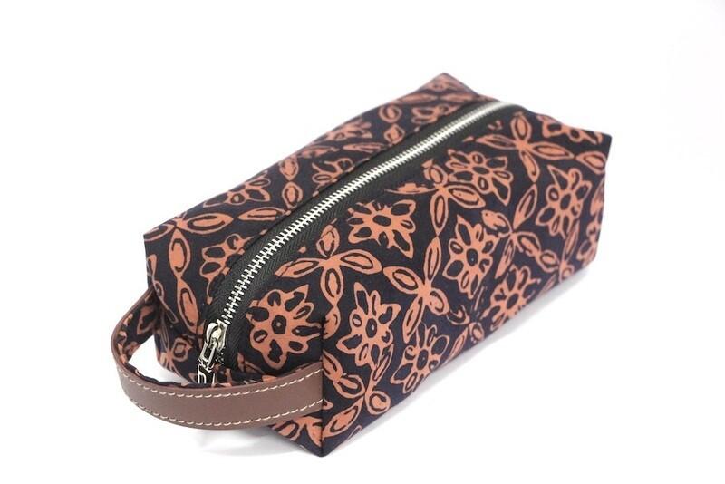 Batik Pouch (Medium) - Red