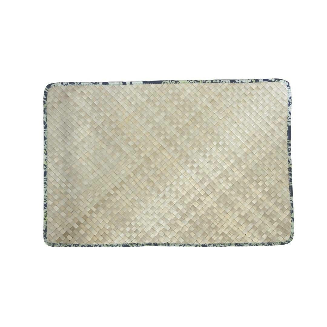 Reversible Mengkuang & Batik Placemats (Natural Sage - Set of 4)