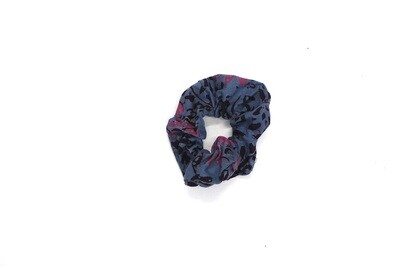 Batik Scrunchie - Grey/Pink