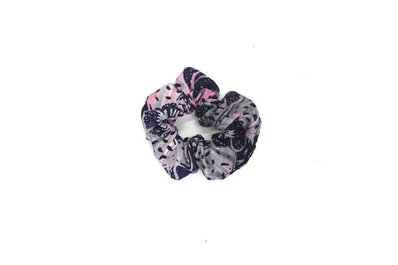 Batik Scrunchie - Grey and Pink