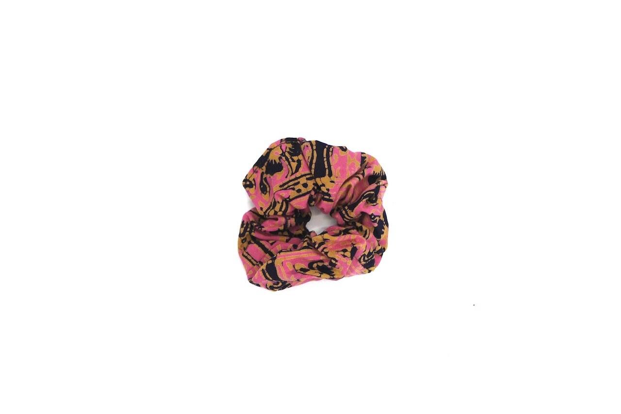 Batik Scrunchie - Pink Teratai Kepala 1