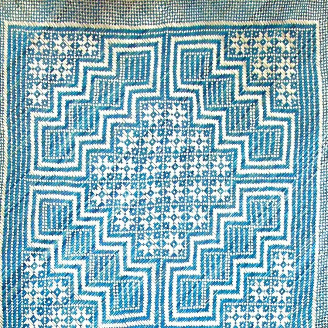 Rich Blue Cik Kedah Motif Finely-Woven Kelarai Mat (2ft x 4ft)