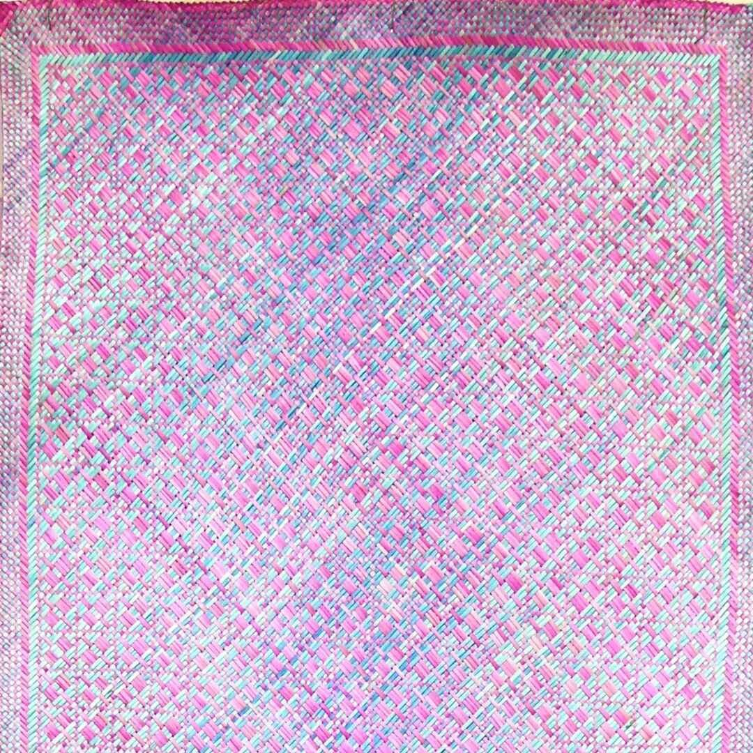 Soft Blue Ombre with Rich Pink Finely-Woven Kelarai Mat (2ft x 4ft)