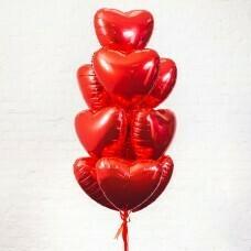 Композиция из воздушных шаров «Фольгированые сердца красные» №186