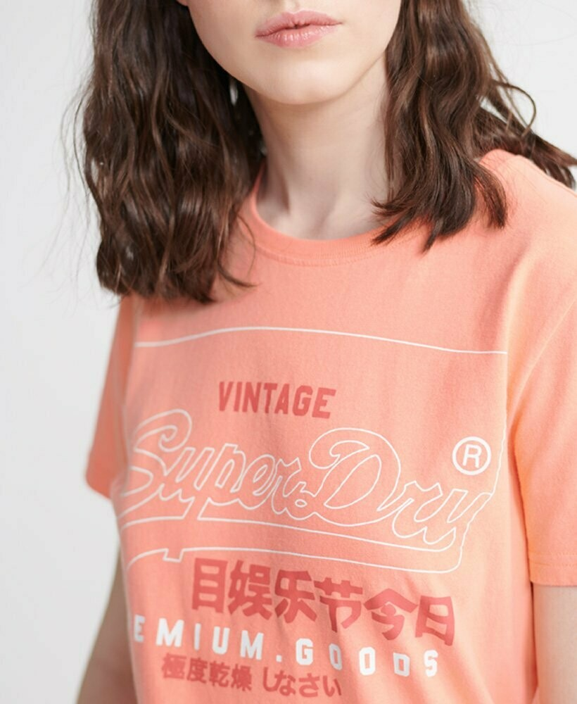 Camiseta Desert Pink de algodón Orgánico Premium Goods Label Outline