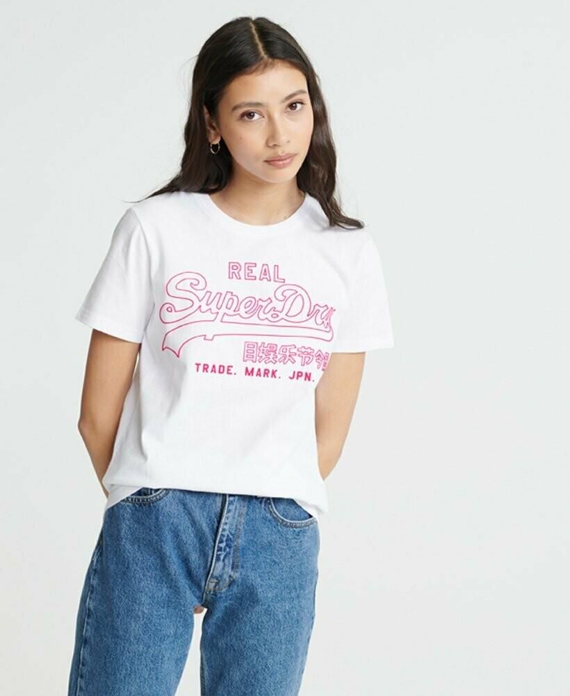 Camiseta Blanca Con Logo Resaltado Superdry