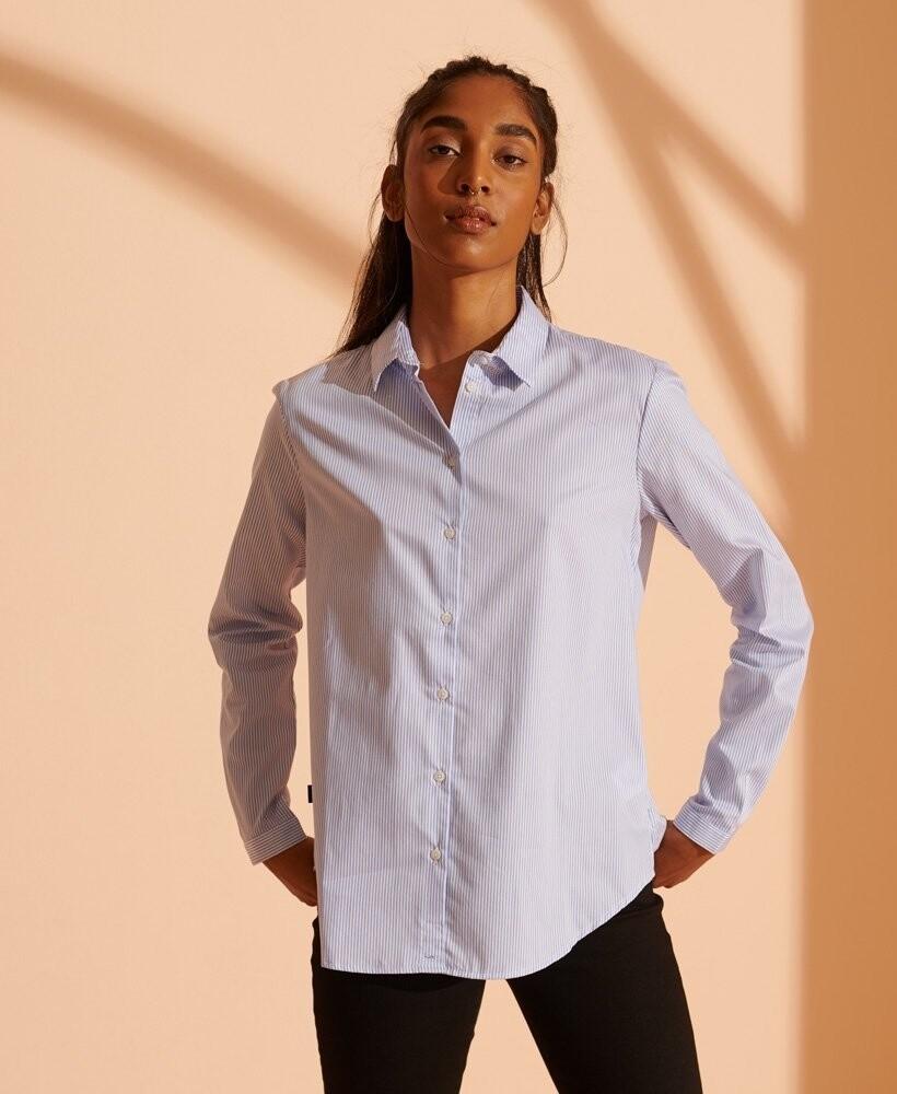 Camisa de sarga clásica de estilo estudiantil
