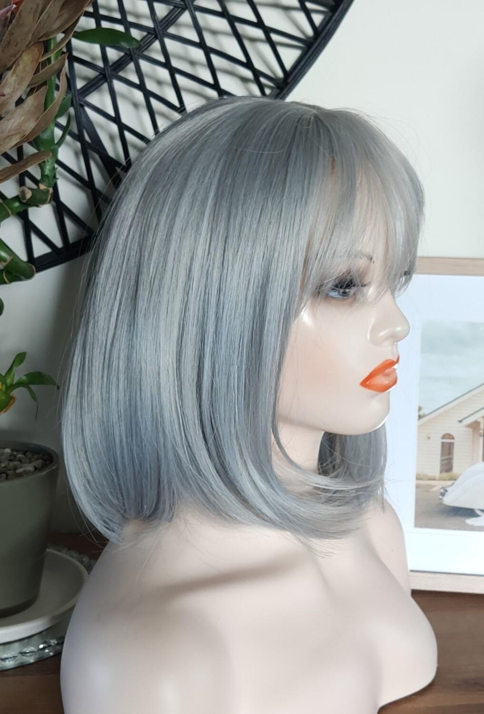Silver Grey Bob with Fringe