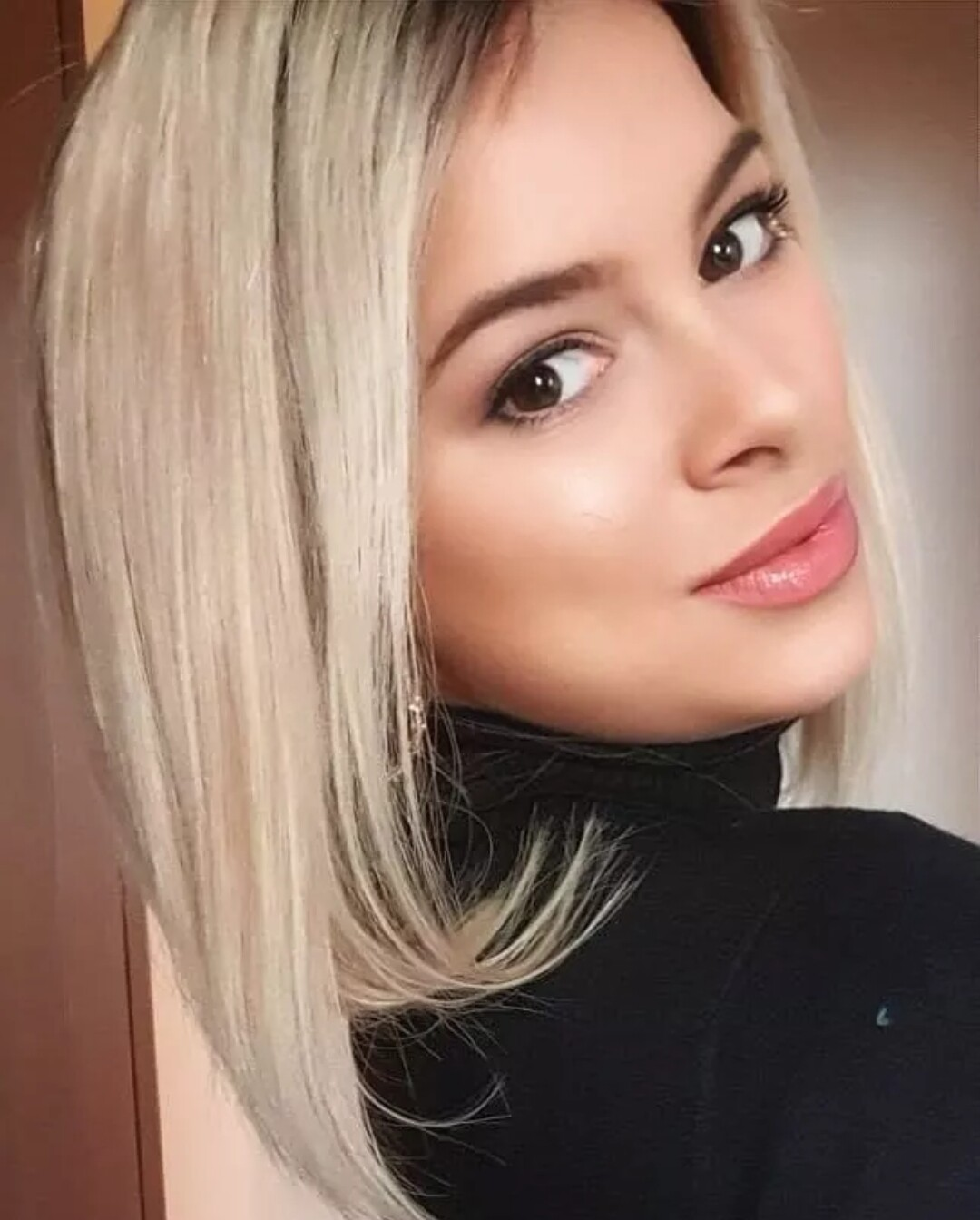 """Dark Roots Streaky Blonde Human Hair Lace Front Bob 12"""""""