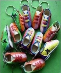 Брелок кроссовки
