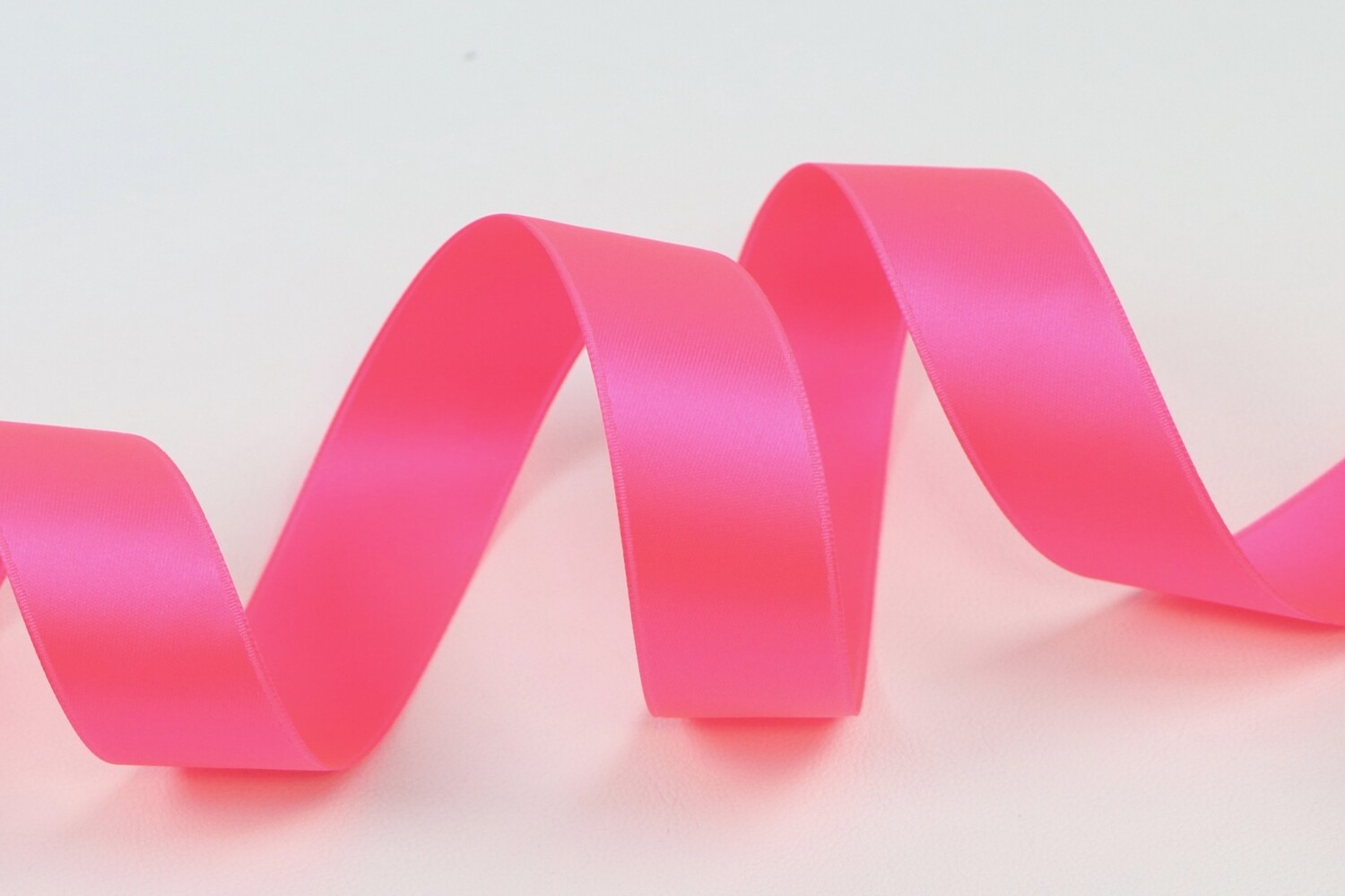 """Satin Double Face """"Neon Pink"""""""