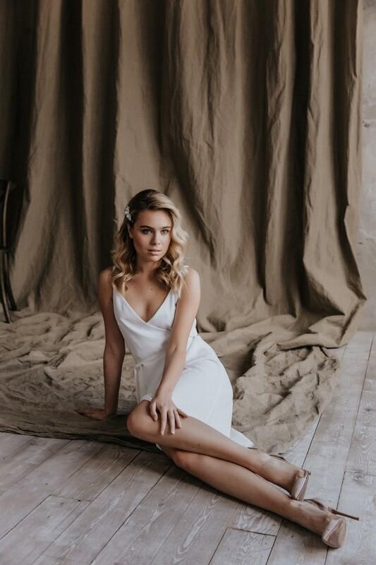 Платье на запах Camilla