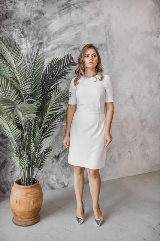 Платье-футляр Rachel
