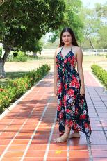 Vestido Azul oscuro con flores rojas