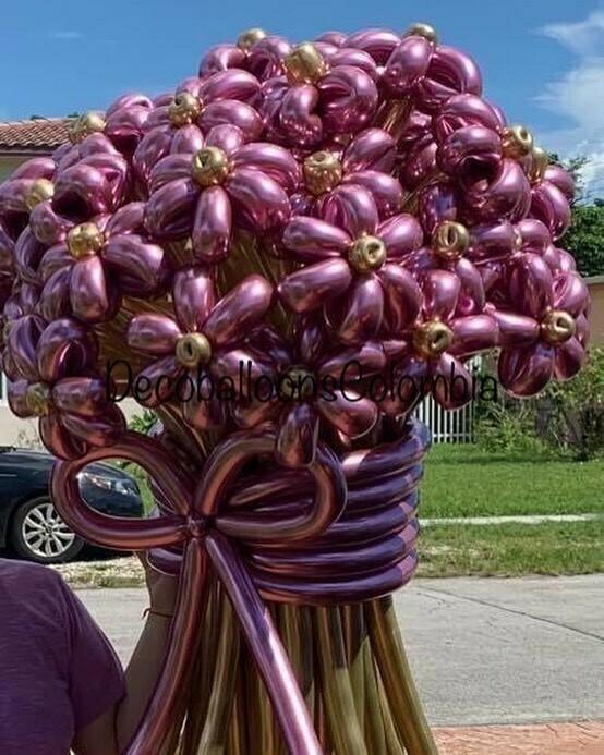 Ramos de flores en globos