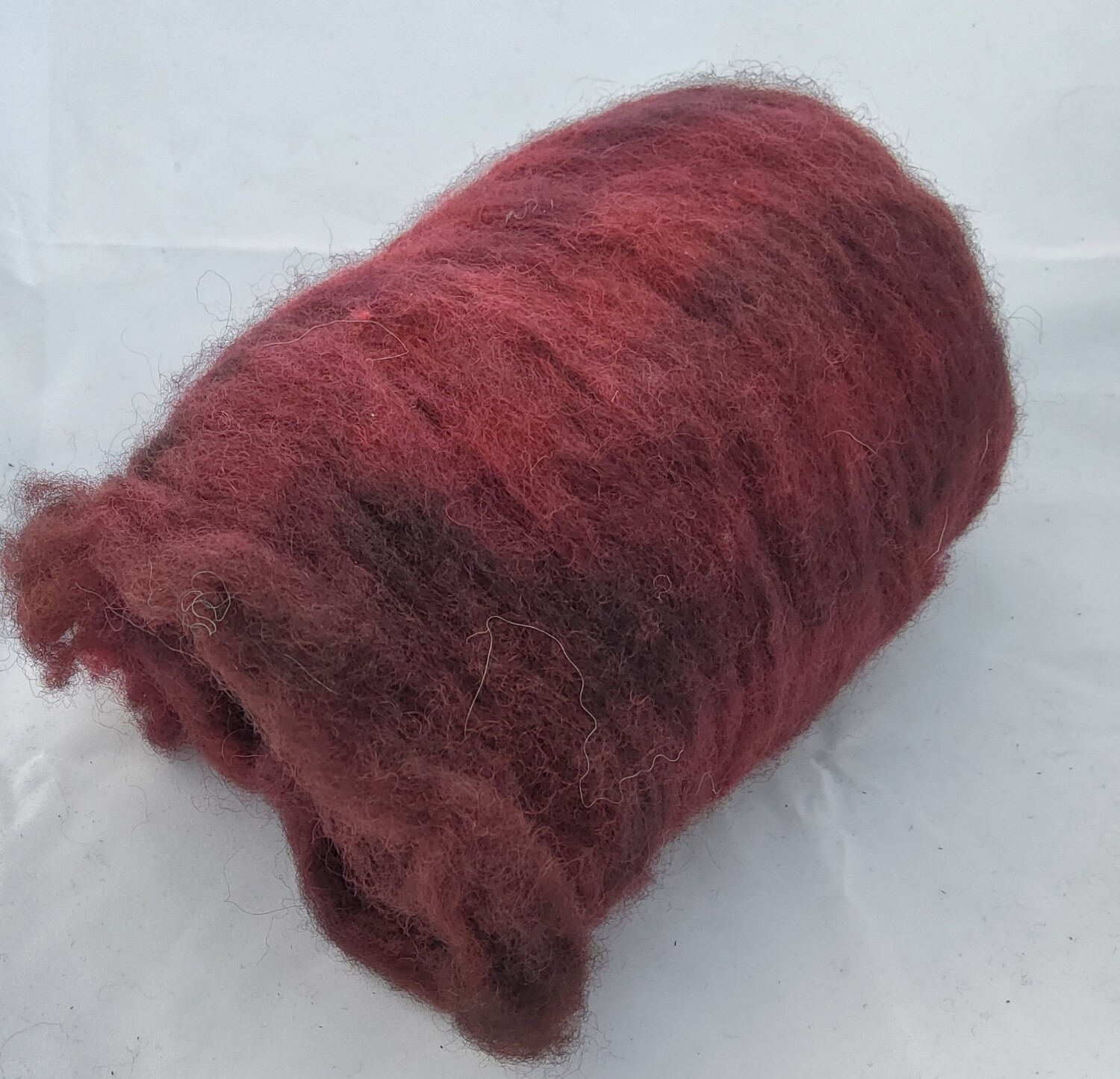 Lady in Red | handdyed batt for spinning