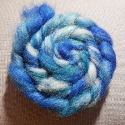 Icy Waters | handdyed fiber braid for spinning