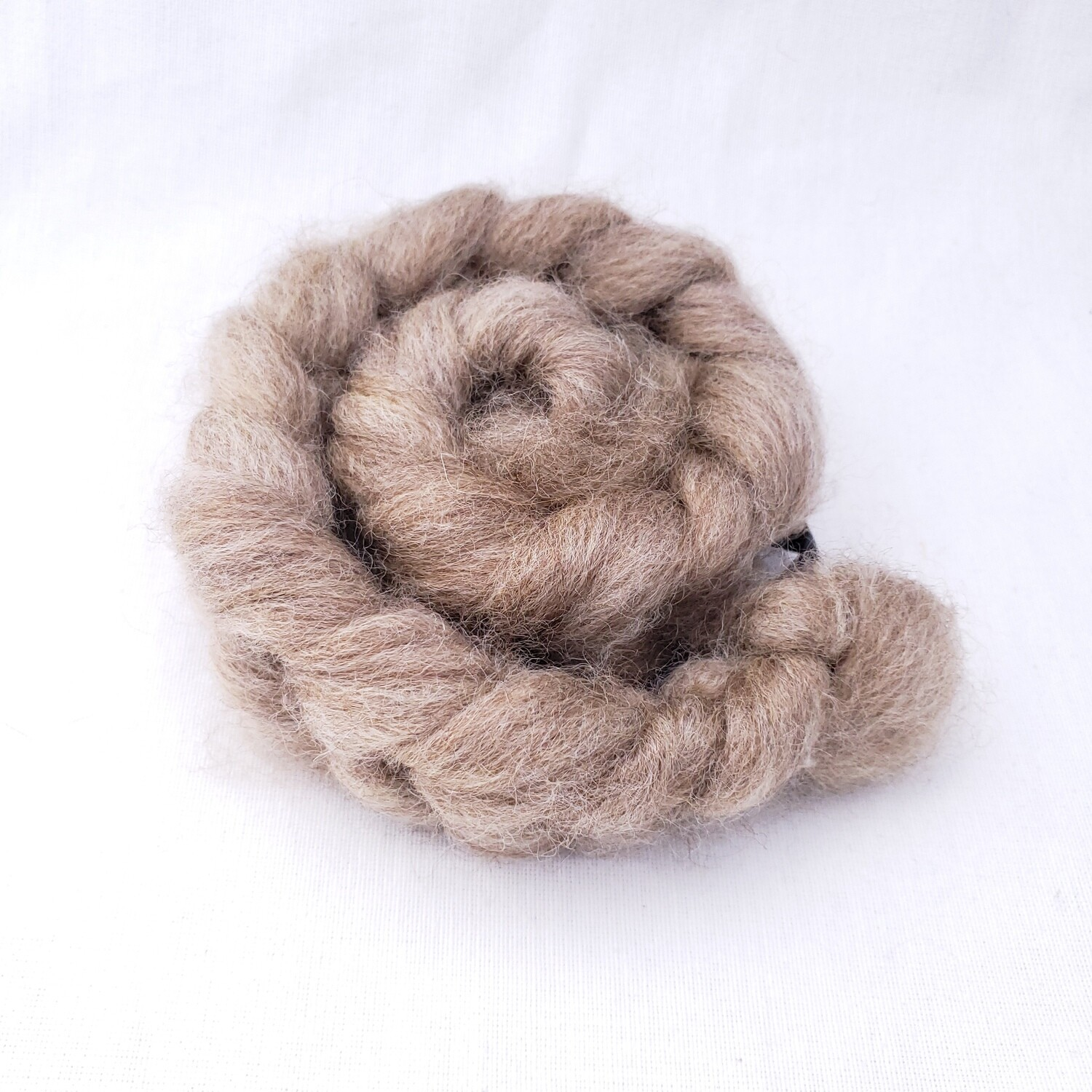 Natural Dream | handprocessed fiber braid for spinning