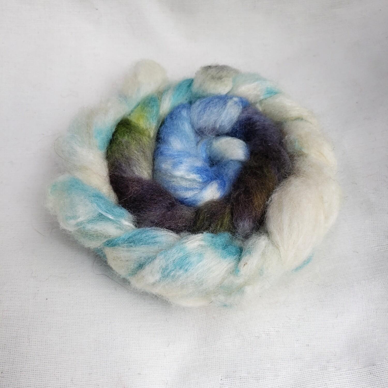 Winter Gift | handdyed fiber braid for spinning