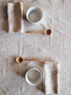 NATURAL DYE - TABLECLOTH + SET OF 2 VINTAGE COTTON LINEN NAPKINS