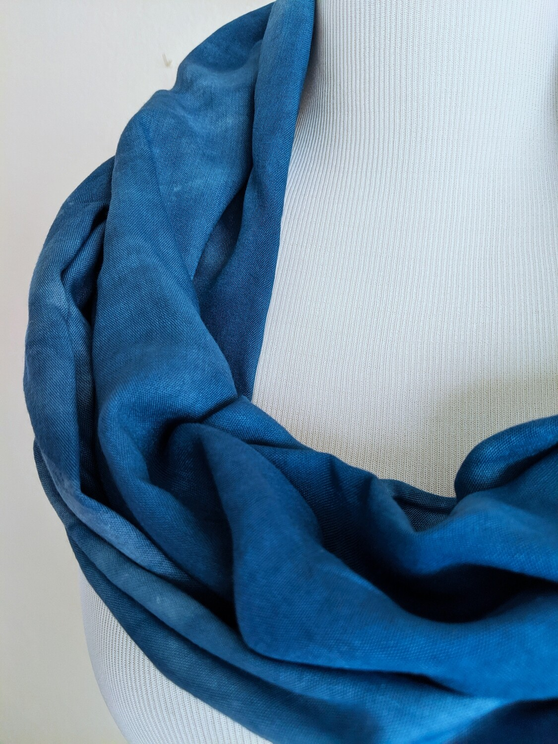 INFINITY SCARF - NATURAL DYE - INDIGO DENIM