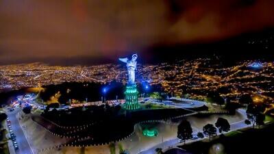 Leyendas de Quito en la noche con cena