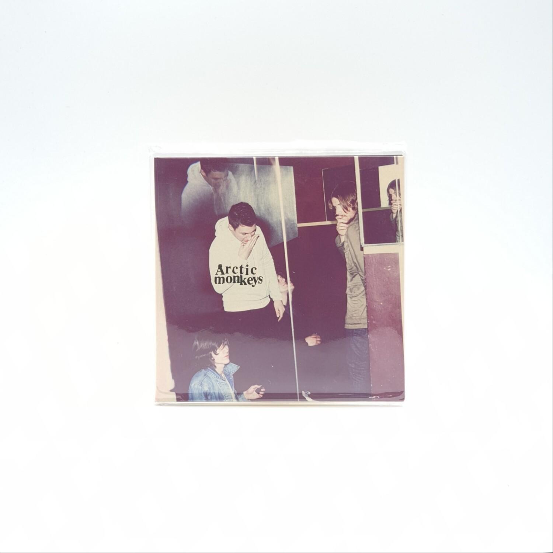 ARCTIC MONKEYS -HUMBUG- CD