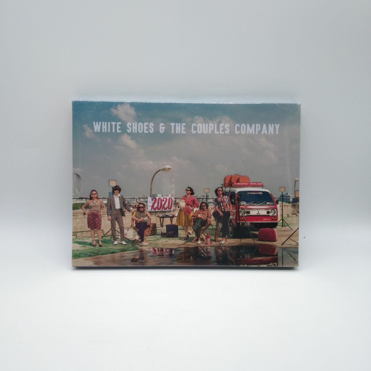 WHITE SHOES AND THE COUPLES COMPANY -2020- 2xCD + BOOK