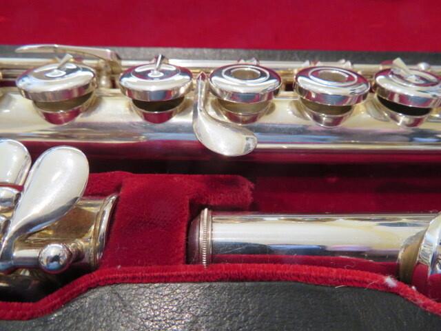 AF-885 Pearl flute