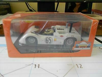 NICE  CHAPARRAL 2E MOSPORT CAN-AM PHIL HILL 1/32 SLOT -IT MINT IN BOX  COX SPOS