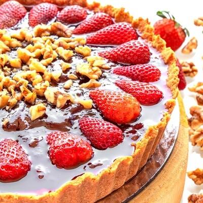 Torta Vegana de Chocolate com Morango