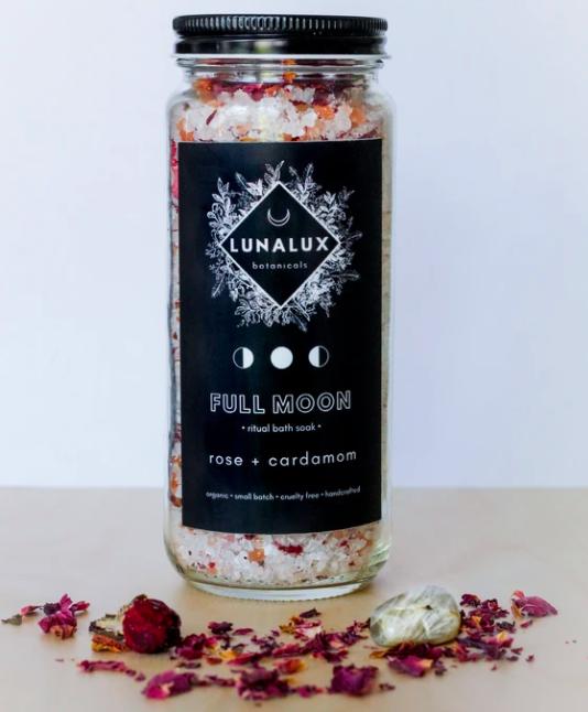 Full Moon - Rose and Cardamom Salt Soak