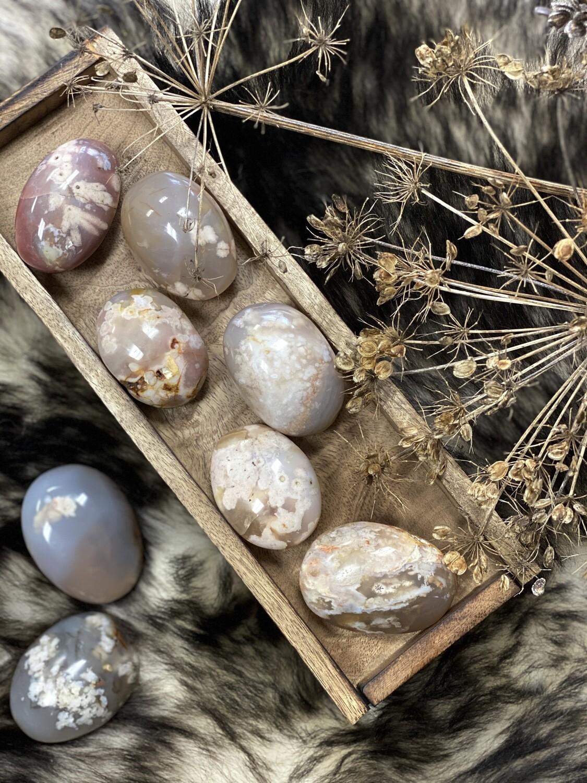 Flower Agate Palm Stone