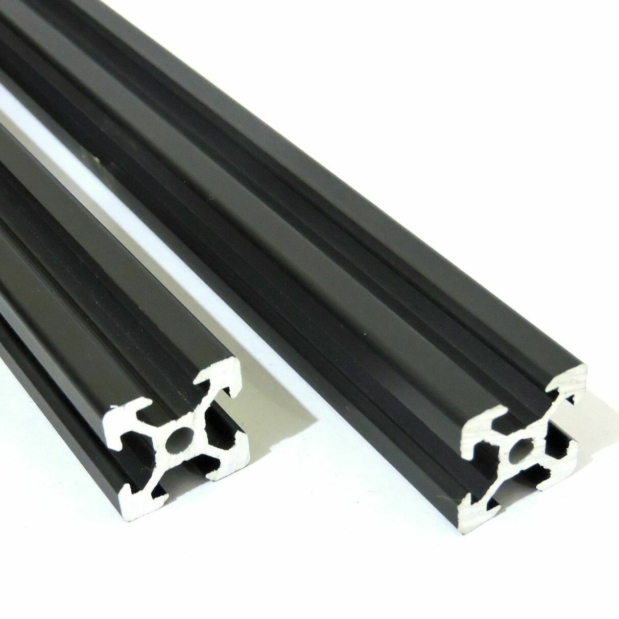 V Slot Aluminium Extrusion 2020 (Black)