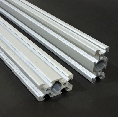 V Slot Aluminium Extrusion 2040 (Silver)