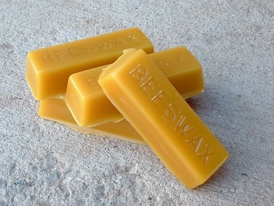 Beeswax (1 oz) Bar
