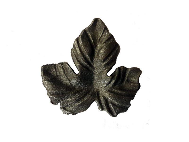 Лист литой 70*70*4 мм