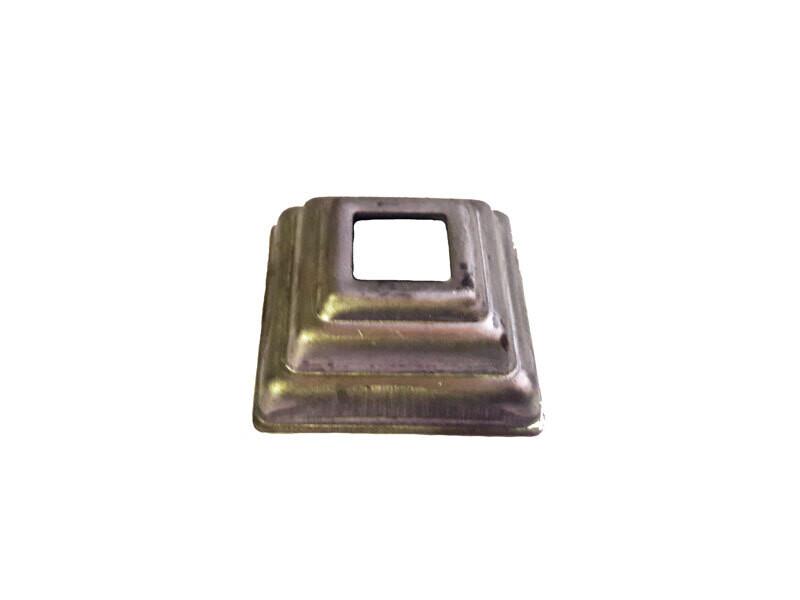Основание штамп. 44*44*1 мм отв. 13,5*13,5 мм