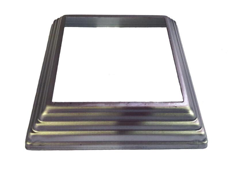 Основание штамп. 122*122*1 мм отв. 80*80 мм