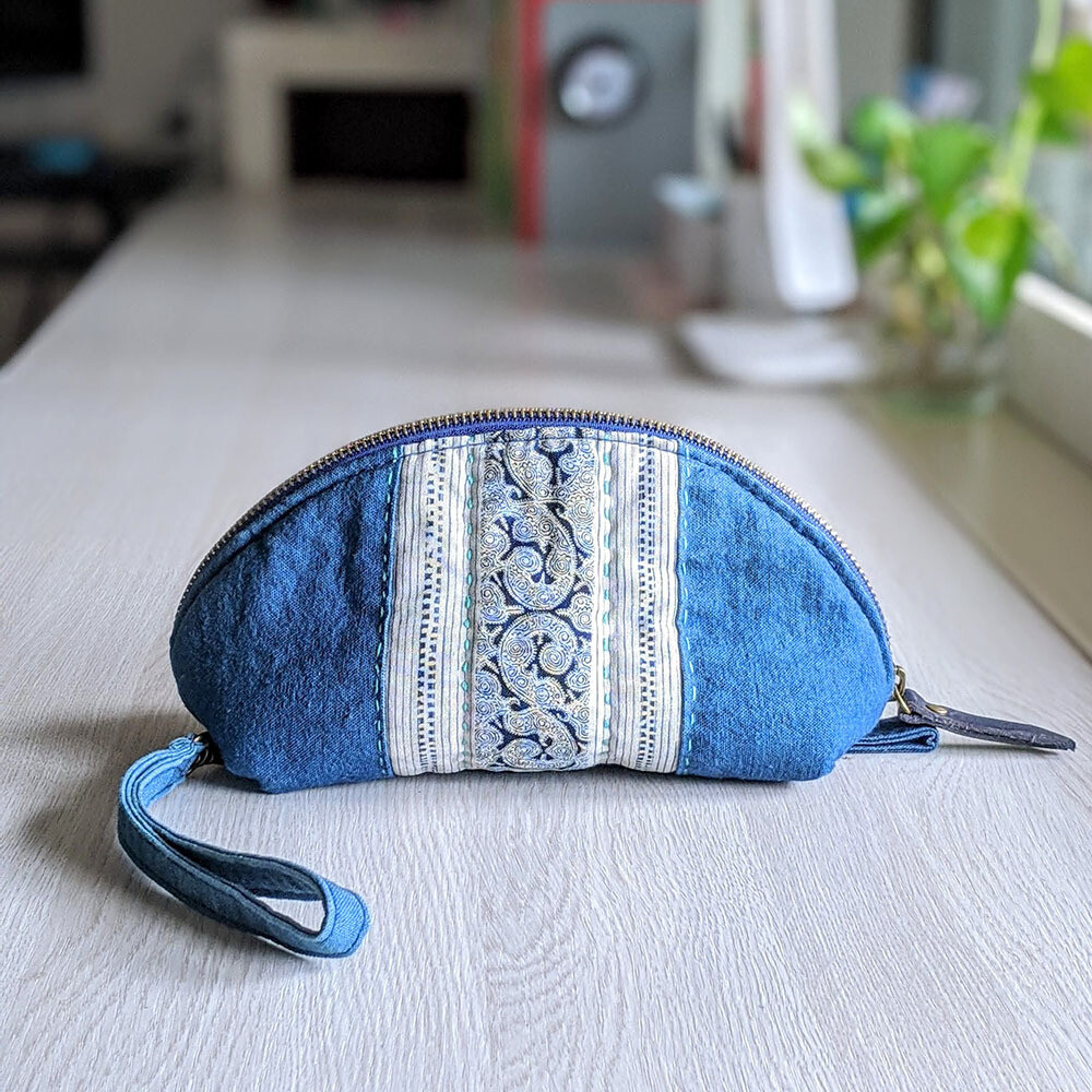 Batik bag of Chinese Miao folk-Hand-woven cloth bag-Quilt bag-Clutch bag-Cosmetic bag