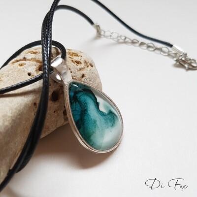 Green teardrop pendant necklace