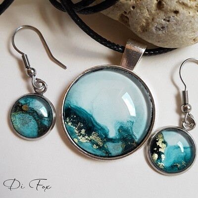 Petrol Blue sea-inspired pendant necklace earring set