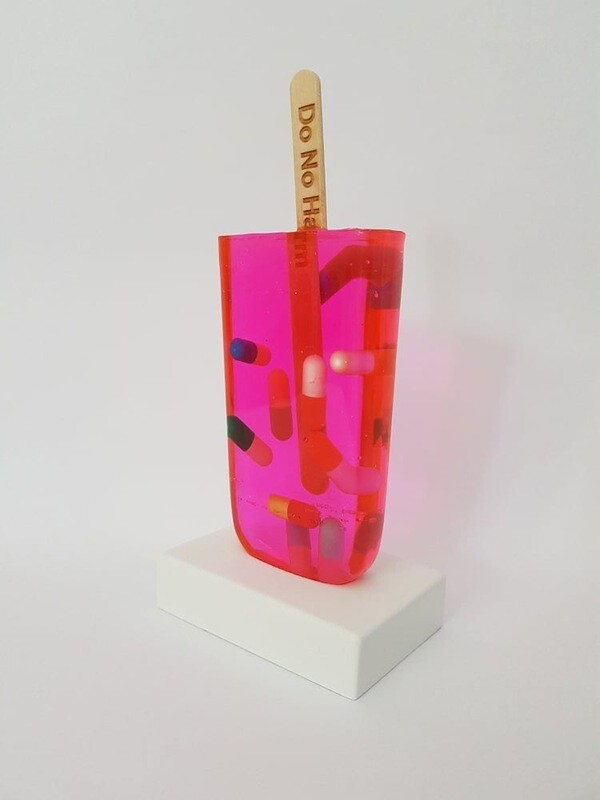 MISS BUGS - DO NO HARM (PINK PILLS) - SCULPTURE