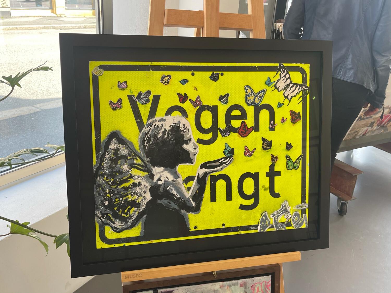 Vegen Stengt (Closed Road) Stolen Streetsign - Norwegian Car/Road Closed/No Entry Sommerfugl I Vinterland Original On Metal Sign