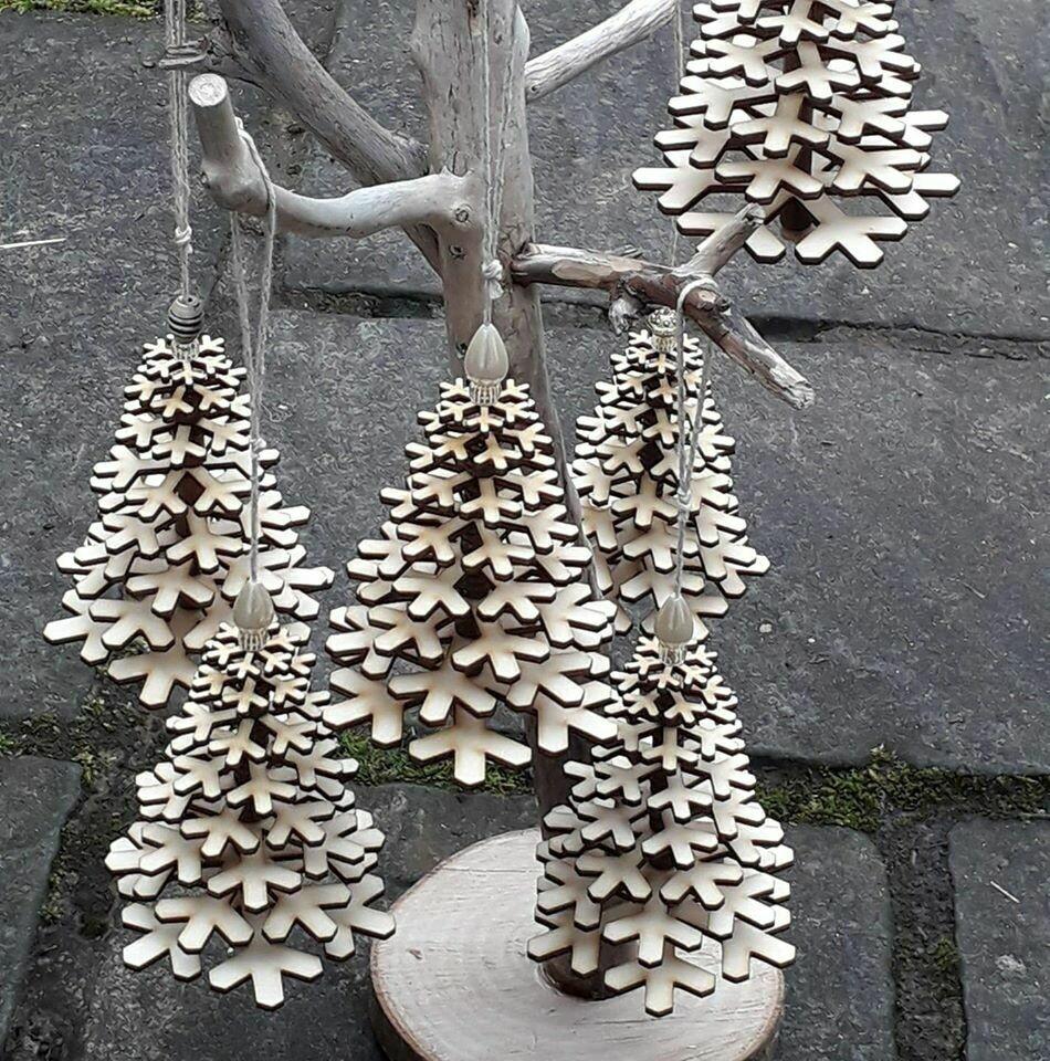 Snowflake Hanging Trees