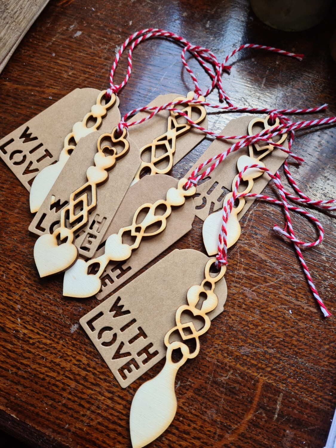 Love spoons Gift tags x 6