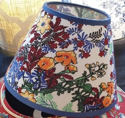 Abat-jour conique fleurs multicolores