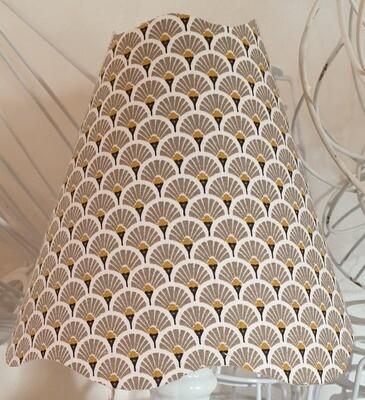 Petit abat-jour conique en coton imprimé