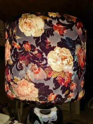 Lampe abat-jour cylindre rigide velours fleurs